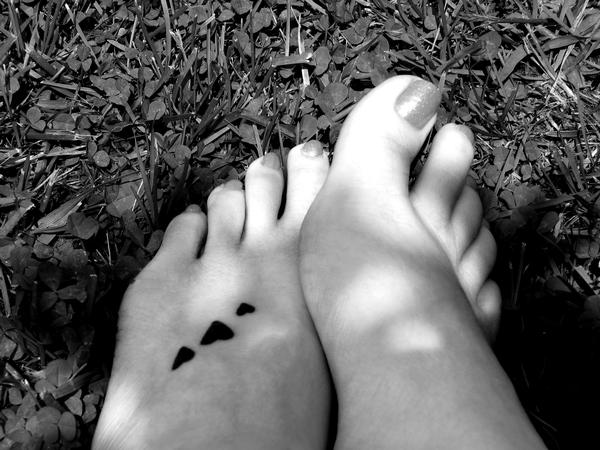 Simple Heart Tattoos On Foot Picture 3