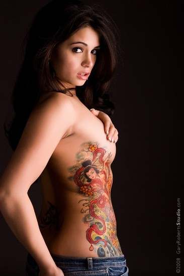 girl side tattoos