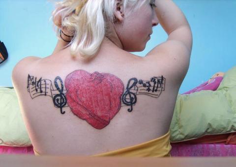 music heart tattoos